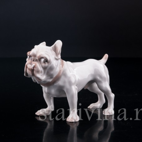 "Фигурка собаки из фарфора Английский бульдог, ""Забияка"", Bing & Grondahl, Дания, сер. 20 века."